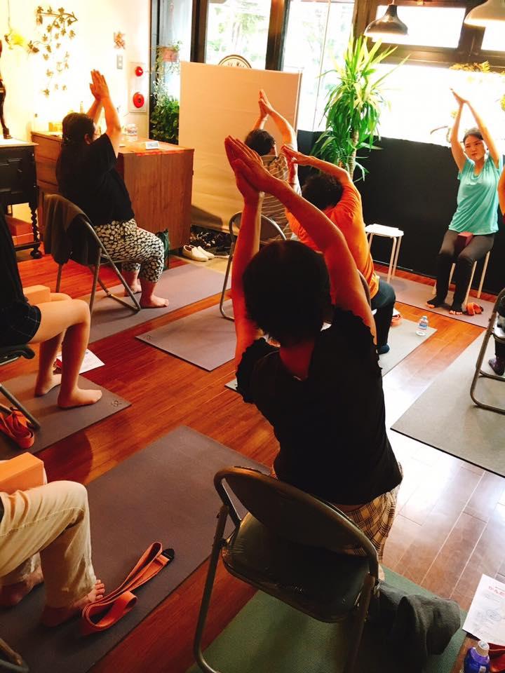 やさしい姿勢講座&かんたん椅子ヨガ体験会